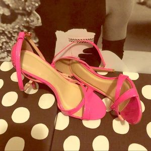 👠 Hot Pink heels size 9👠